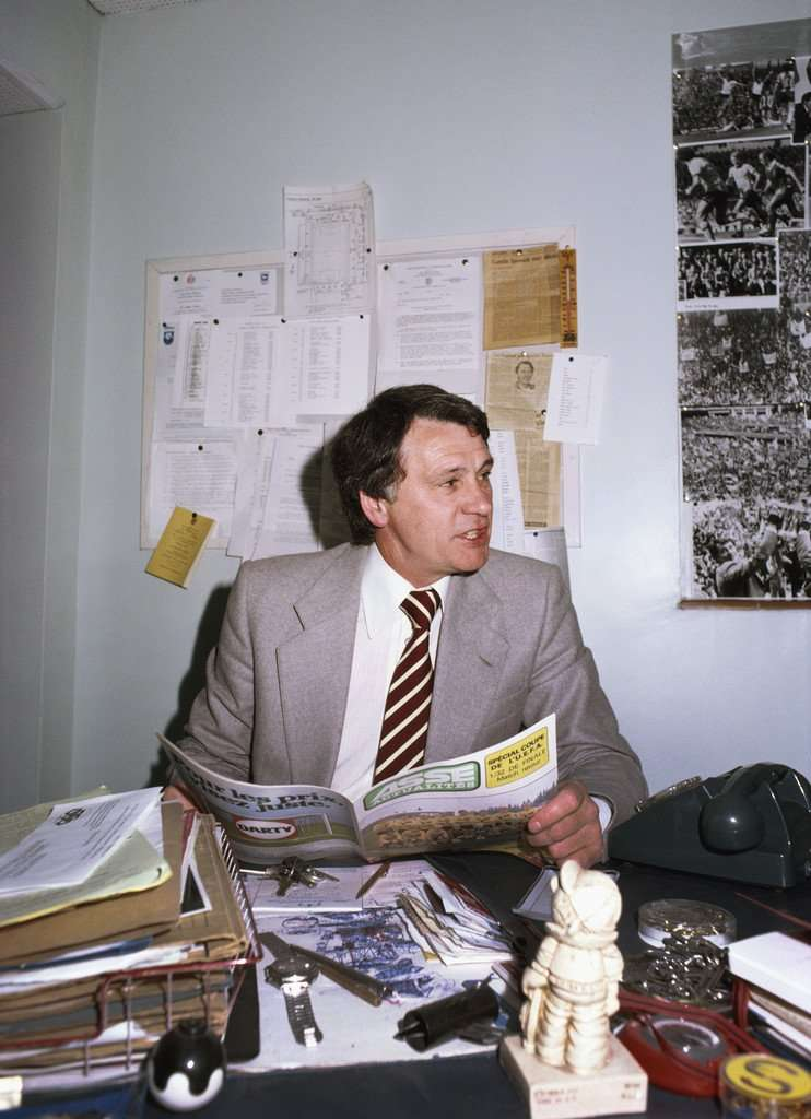 Bobby Robson (In His Office At Ipswich - 1981).jpg