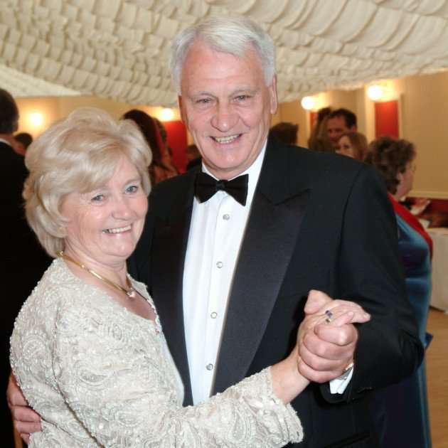 Bobby Robson & His Wife.jpg