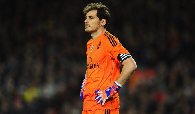 Casillas (Barcelona - Real Madrid) (28).jpg